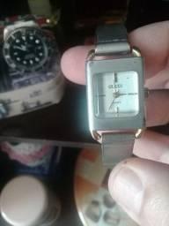 Relógios e bijouterias