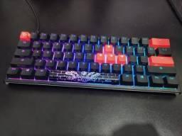 Teclado Ducky one 2 mini + Keycaps Miami