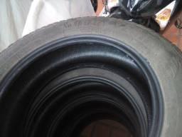 pneus somente dois ainda  205 60 16  goodear usados 90,00