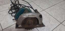 Makita cincular Saw modelo 5700