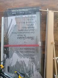 Porta de vidro grosso de 10 milímetros