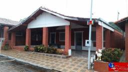 Excelente Chalé em Caldas Novas 4/4, 3 banheiros, varanda, próximo ao Assaí