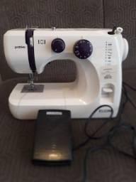 Máquina de Costura Elgin Pratika