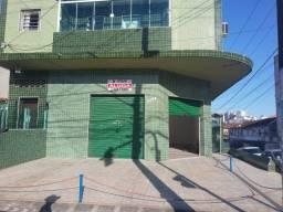 Título do anúncio: Loja esquina com ótima visibilidade em São Vicente - 100m² e com porão de 50m²