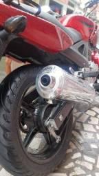 Moto Twister 2004
