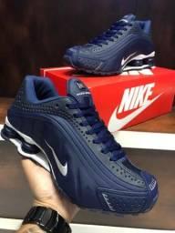 Tênis Nike shox R4 - $270,00