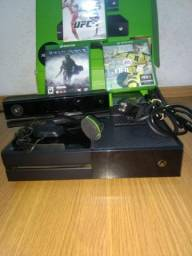 Xbox one +kinect + 2 controles