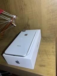 IPhone 8 plus 64gb Silver menos de um ano de uso