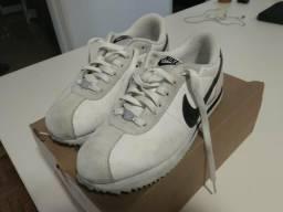 0b0bbdd7704 Tenis Nike Cortez n° 39 Branco   Preto Original