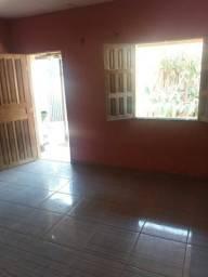 Alugo quarto 991230848