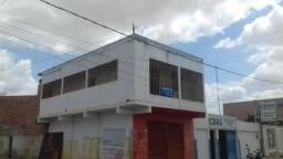 Casa de 1°andar com ponto de negócio em Petrolândia