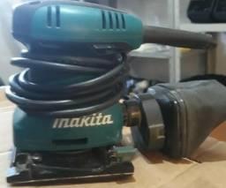 Vendo lixadeira Orbital Makita 200W - R$ 180,00