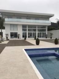 Casa de praia com 6 suítes Estaleirinho Balneário Camboriú sc