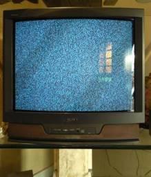 "Televisão Sony Trinitron 34"""
