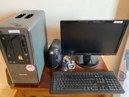 Vendo Computador super conservado