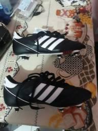 Vendo chuteira Adidas