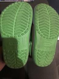 Crocs original j 1 valor 40 reais