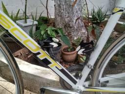 Bicicleta Scott cr1 p-britto vai com sapatilha