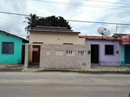 Alugo Excelente Casa no Centro de Cascavel-Ce Valor R$ 500,00