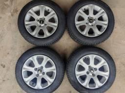 Rodas 14 + 4 pneus 175/65 R14 novos remoldados 6 mesesgarantia(1.900$ até 10x sem juros)