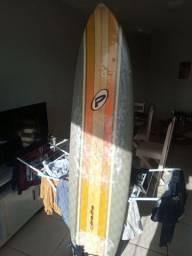 Funboard/prancha e roupa por 500 reais