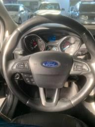 Ford Focus 1.6 novíssimo todas revisões em dias