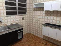 Alugo casa Madureira