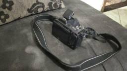 Câmera NICON L810