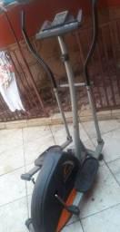 Esteira-bicicleta athletic advanced 330E... R$300