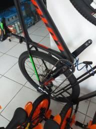 Bicicleta pouca usada top linha