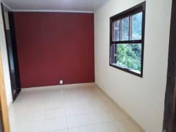 Casa c/2 Quartos no Quitandinha