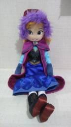 Boneca Ana com 55 cm de altura