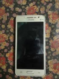 O celular esta na tela de rearga !