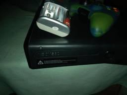Vendo Xbox 130.leia descrição