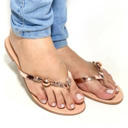 Sandálias, rasteirinhas e bolsas femininas e infantil.