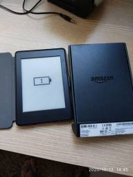 Kindle Paperwhite com capa