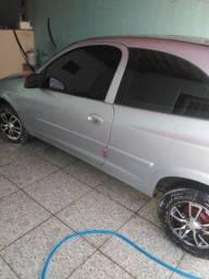 Vendo celta 2009 td revisado carro ta top d ++++