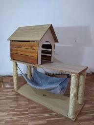 Casinha Artesanal Com Arranhador Para Gatos