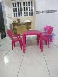 Mesa e cadeira, fogão infantil rosa