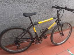 Vendo bicicleta caloi aro 26 com marchas