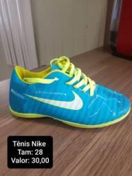 Vendo Tênis da Nike Tamanho 28