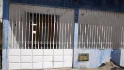 ALUGO/ VENDA CASA EM EXCELENTE LOCALIZAÇÃO LAGOA NOVA