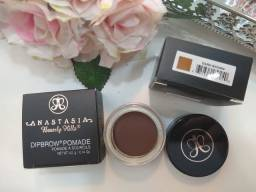 Anastasia Beverly Hills Pasta para sobrancelhas