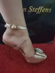 Sapato Carmen Steffens, nunca usado