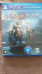 2 jogos PS4 semi novos
