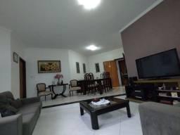 Excelente Casa 4 Quartos, Suíte Com Closet Arniqueira Conj 04 350 m Úteis