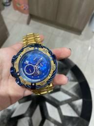 Vendo invicta com pouco tempo de uso 1 linha relógio top