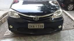 Toyota Etios em excelente estado
