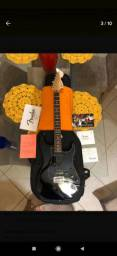 Guitarra Fender American Special