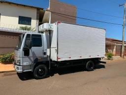 Ford Cargo Baú Refrigerado 2014. Valor R$159.999